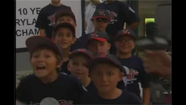 Federal Little League 9-10 team Raise Funds for trip to State