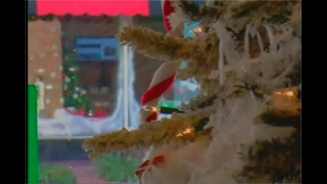 Downtown Hagerstown Decks the Halls
