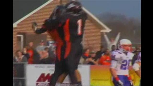 Martinsburg defeats Morgantown 38-14, advances to State Final