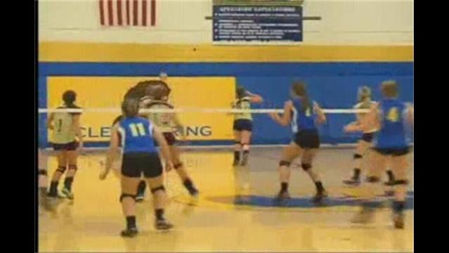 Clear Spring Volleyball Hosts Smithsburg