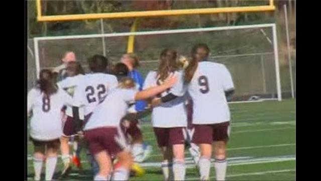 Brunswick Girls Advance to Soccer State Finals