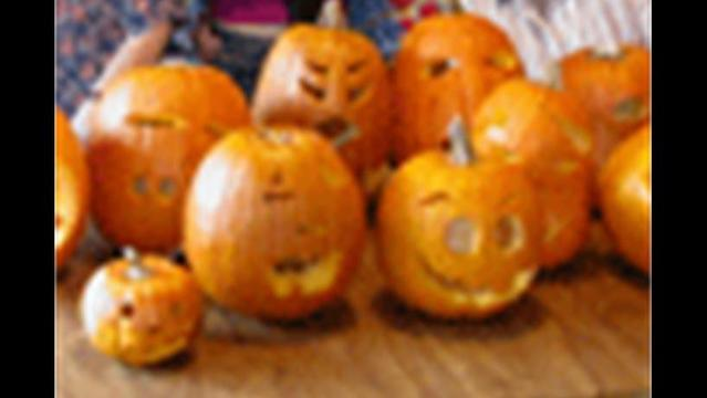 Carving Real Pumpkins Icon
