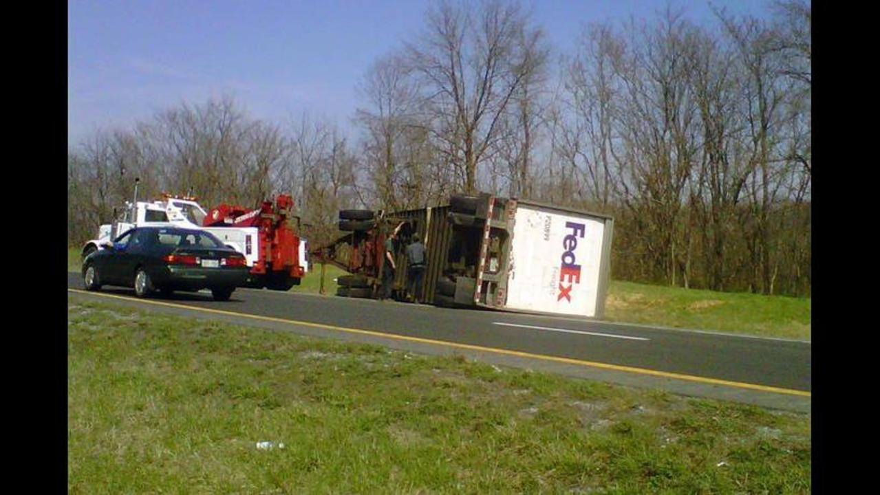 Fatal Accident: Car Collides with FedEx Truck on I-81 - LocalDVM