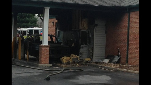 Car Fire Spreads To M T Bank In Hagerstown