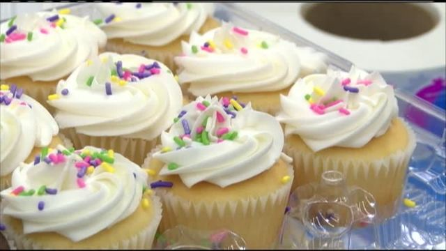 Walmart Customers Celebrate Best Birthday Ever With Free Cupcakes